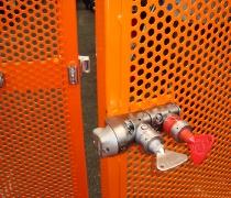 Instalación de sistema de llaves de alta resistencia