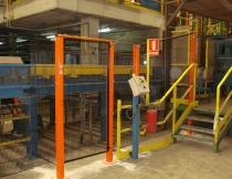 Instalación de puertas de alta robustez y adaptación de cuadro de mandos de maquinaria